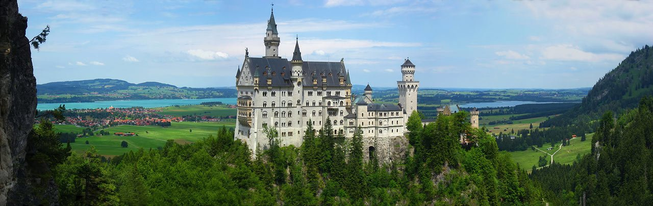 Neuschwanstein, Bavaria | image credits: joiseyshowaa  via Flickr (CC BY-SA 2.0)